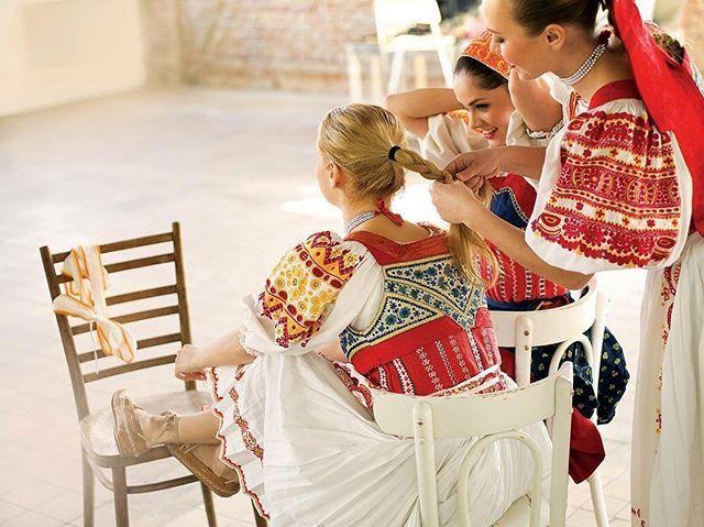 Krásne naše devy slovenské #praveslovenske od @petrakulik foto J.Klimo