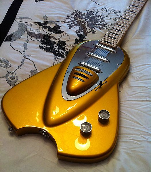 """Marz-6"" guitar, made by me here in the Netherlands, design from John Backlund, paintwork done in the US by Patrick Simms"
