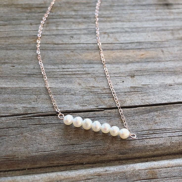 Freshwater Pearl Bar Necklace #rosegold #pearl #pearls #bar #jewelry #etsy #classy #ootd #rose #whitepearl #necklace #necklaces #pearlnecklace #etsysale #sale #cmas #christmassale #gifts