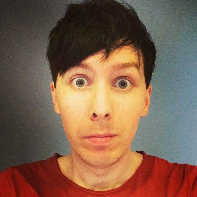 """I tried to take a new haircut photo but it looks like a prison mugshot"""