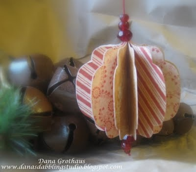 Dana's Dabbling Studio: Die Cut Paper Ornament Tutorial: Ornaments Tutorials, Design Tutorials, Paper Christmas, Paper Ornaments, Dabbl Studios, Cut Paper, Christmas Ornaments, Crafts Christmas, Paper Crafts