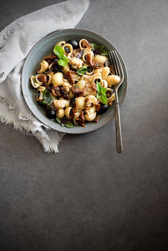 Pasta Fácil con Langosta: Disfruta de esta pasta fácil de langosta que se prepara en unos minutos y con muchísimo sabor.