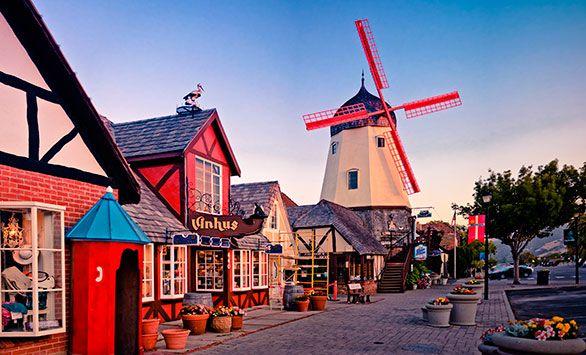 Fantastiske rundrejser i hele verden med Bravo Tours. Køb rejsen på www.bravotours.dk #BravoTours #SåSigerManBravo #FeriePåDansk #DeDanskVestindiskeOer #DanishWestIndies #StCroix #Island #Culture #City #Mill