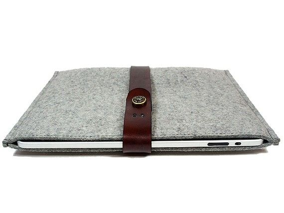 felt laptop sleeve, i like the leather on it. Pretty combination, soft & tough