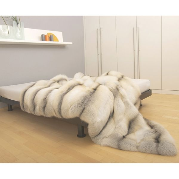 Reeeaaaal fox fur...........never get out of bed!
