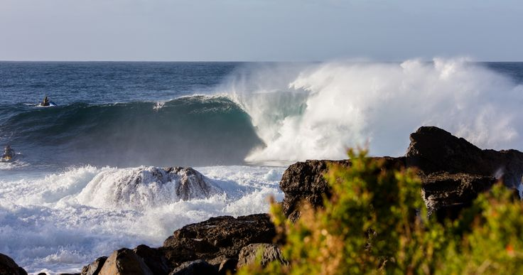 The Laughter at the Bottom of the World. The roaring southern ocean, embodied by the notorious Shipstern Bluff in Tasmania, accompanied by a short story by Luke Barker, at www.tronorphic.com.