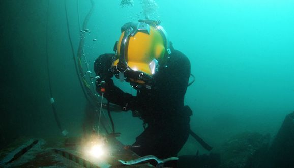 Types of Underwater Welding ~ Weldpedia