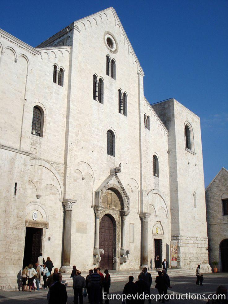 Basílica de San Nicolás de Bari en Italia