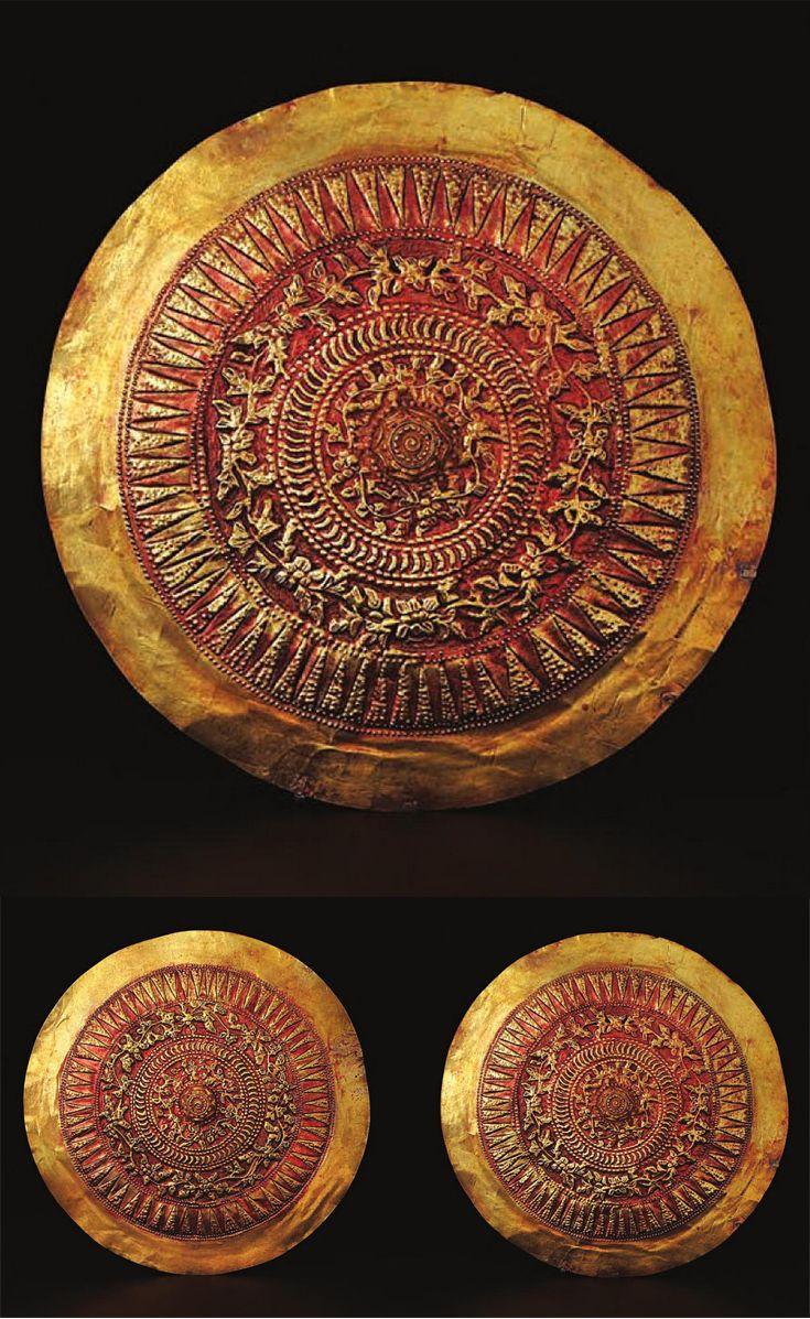 Indonesia ~ West Sumatra, Minangkabau | Ear discs ~ sumbek talingo ~ gold | 19th century || Source: 'Gold Jewellery of the Indonesian Archipelago'; pg 292