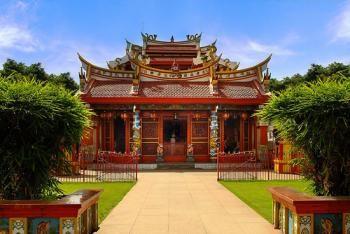 Ban Hin Kiong Temple - Manado