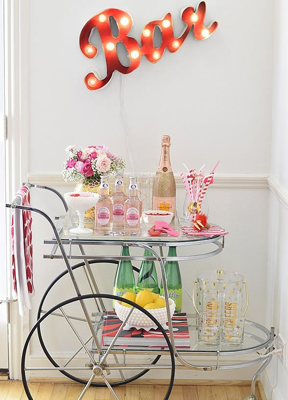25 best ideas about bar carts on pinterest bar cart gold bar cart and bar cart styling - Astus deco ...