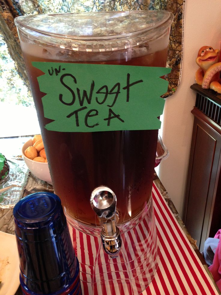 Some sweet tea for Duck Dynasty themed party for my hubby
