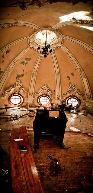 Dome of abandoned church - the very top | Flickr - Fotosharing!