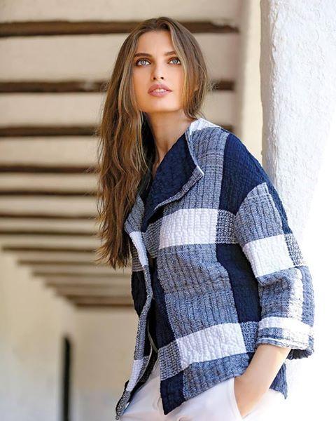 #buyitnow #shopify #shopitnow #loveit❤️ #iwantthis #ekle #beautiful #blue #white #magnolia #jacket #enea #pants