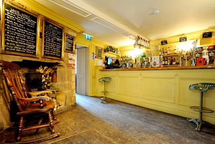 The Tobie Norris: Stunning old building and interiors - and great for lunch and drinks too. http://www.tobienorris.com