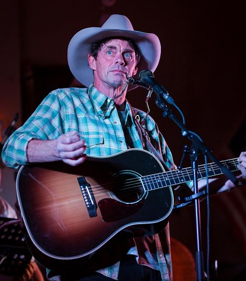 Rich Hall's Hoedown http://www.cumbriacrack.com/wp-content/uploads/2017/08/Rich-Hall-MID-Res-2017-c-John-Zumpano.jpg Rich Hall returns to the forum Barrow in September with his Hoedown band as they begin their second leg of touring this autumn with their Hoedown show.     http://www.cumbriacrack.com/2017/08/23/rich-halls-hoedown/