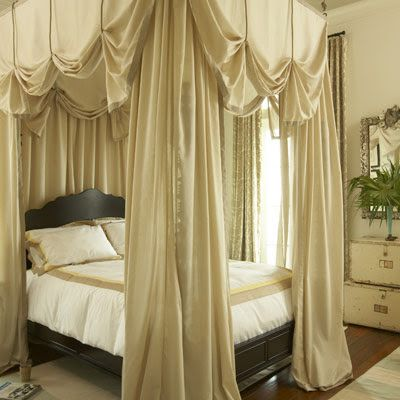Victorian Canopy Beds | Canopy bed curtains