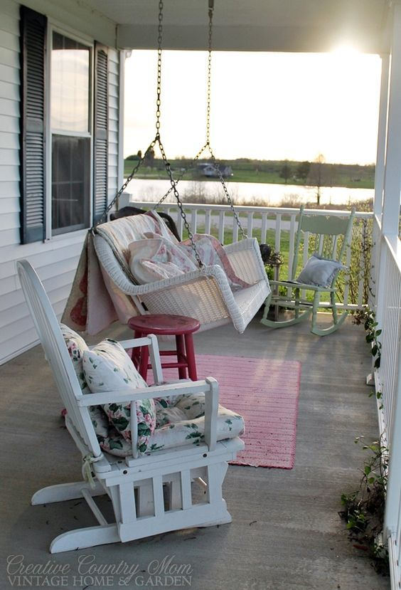 Country music swinging in the porch