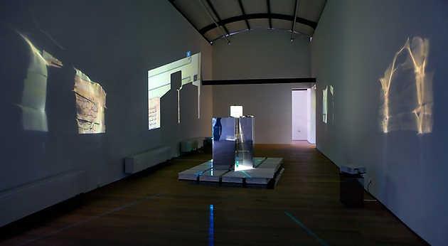 David Jablonowski, Hard copy, Display Sequences, Multi Channel Projection (2010). © Gert Jan van Rooij, Museum De Paviljoens