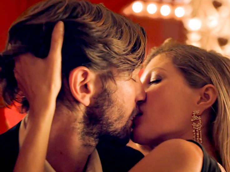 Michiel Huisman: What Happened When I Kissed Gisele Bündchen for Chanel No. 5| Game of Thrones, TV News, Gisele Bundchen