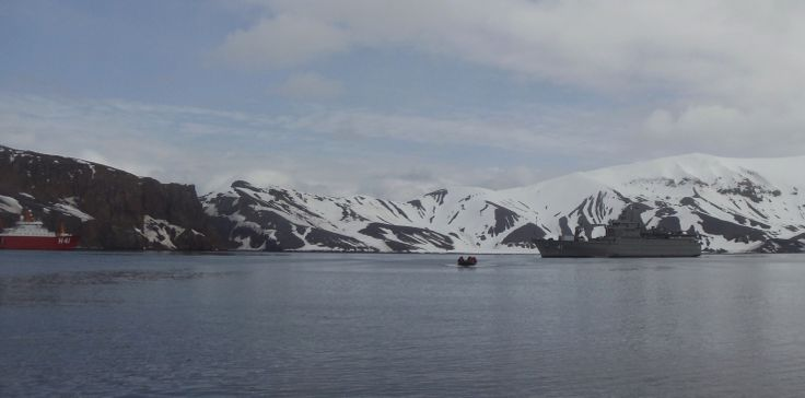 Antártica, Archipiélago de las Shetland del Sur, Isla Decepción, Bahía Foster.