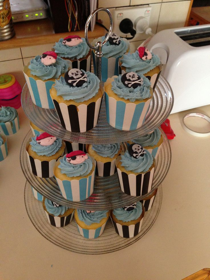 Pirate Cupcakes for my little boys 2nd birthday!!