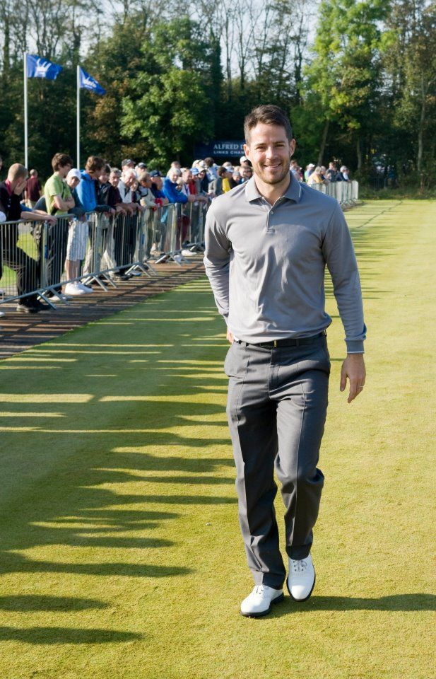 @Mrporter teamed up with the Laureus World Sports Awards to find the world's best dressed sportsman. English soccer player Mr Jamie Redknapp