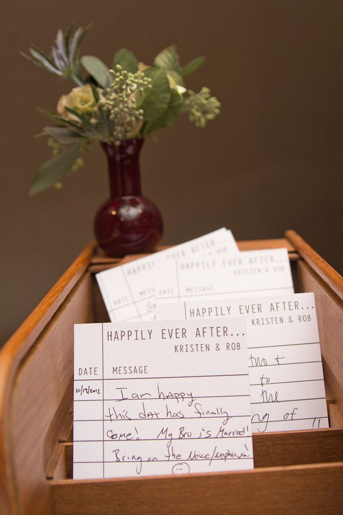 Guest Book || Love that note!! i will be writing that at my next siblings wedding