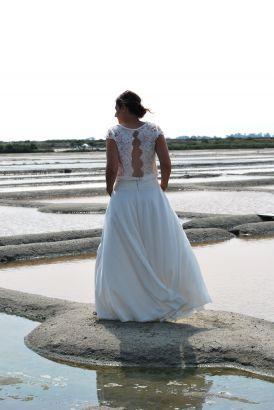 Robe de mariée bohème top crêpe dentelle bouffant jupe crêpe, Collection 2016 www.portez-vos-idees.com