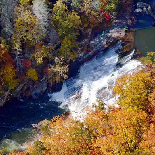 Tallulah Gorge State Park | Our collection of breathtaking views might end the debate on the South's most beautiful season. Take a stroll through the golden leaves of autumn as we share the South's best fall color.