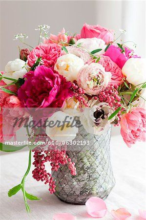 Stock photo of Vase of Flowers; Premium Royalty-Free, 600-06302193 © Susan Findlay / Masterfile. All rights reserved.