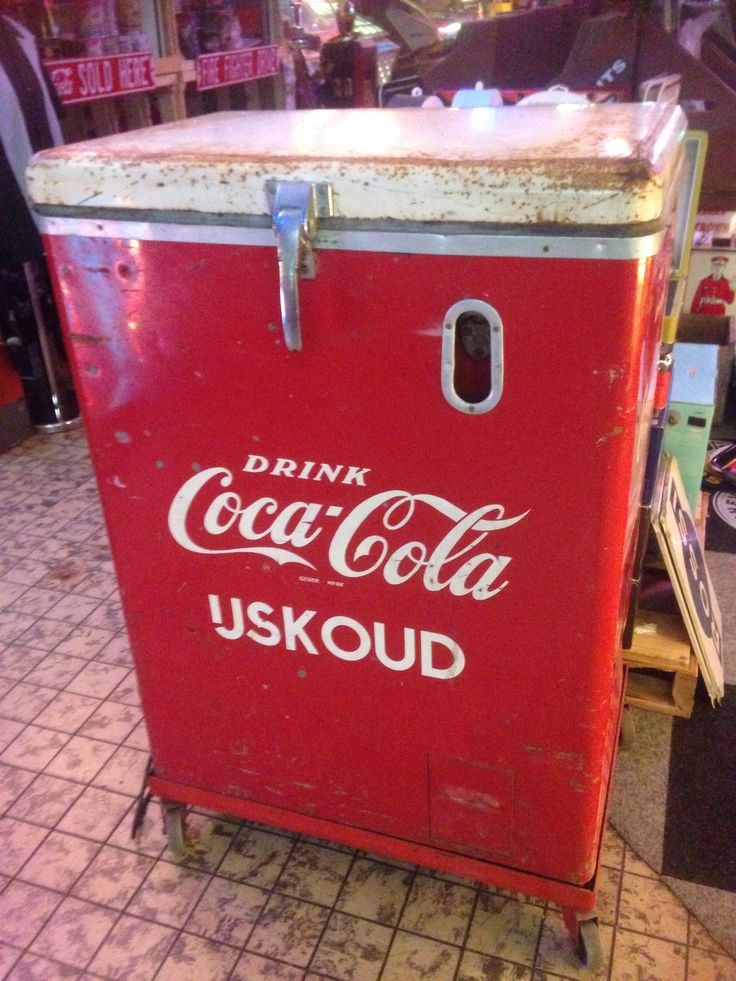 Coca-Cola cooler 1960's http://www.benniesfifties.com