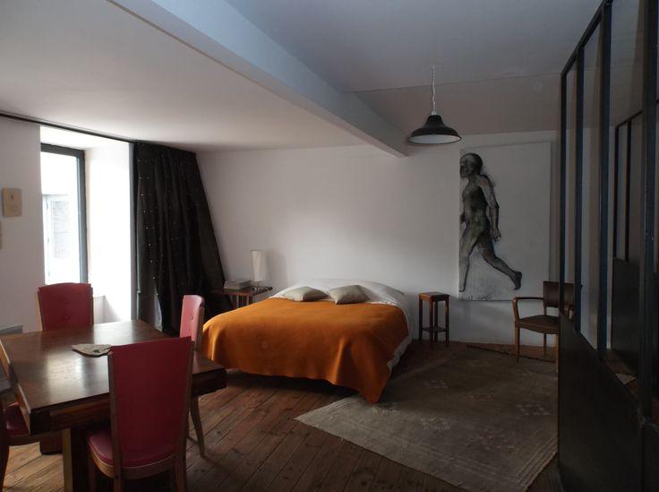 chambre, à La Colonie, maison d'hôtes à Aubrac