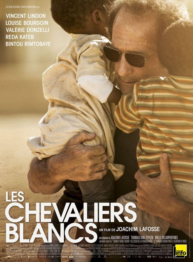 """Les Chevaliers blancs est un film de Joachim Lafosse avec Vincent Lindon, Louise Bourgoin. Synopsis : Jacques Arnault, président de l'ONG """"Move for kids"""", a convaincu des familles françaises en mal d'adoption de financer une opération d'exfiltration d'"""