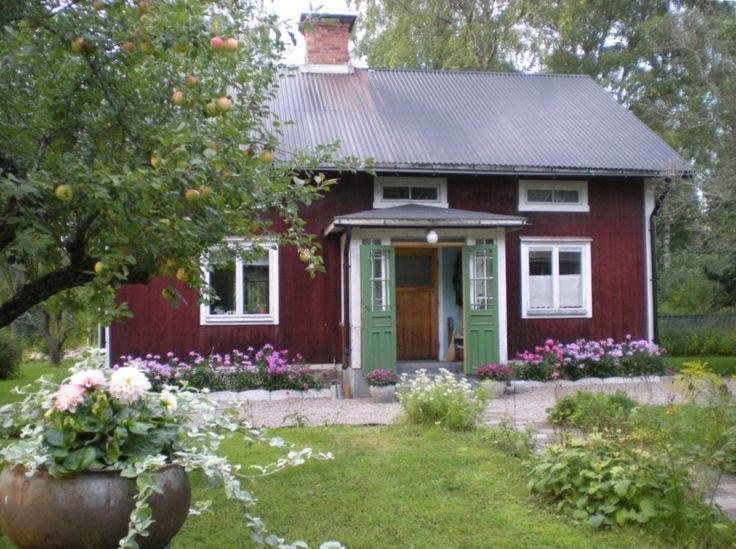 ~ Fru Åberg i Lågbo ~