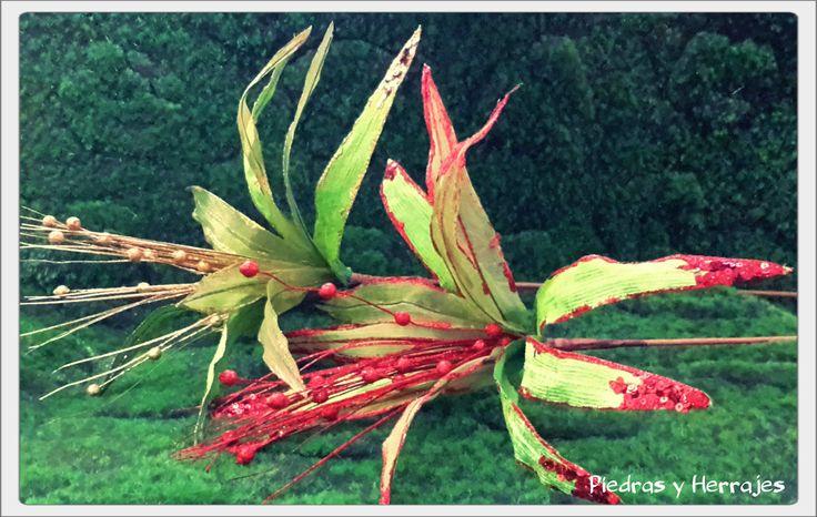 Flor delgada verde-dorado 50x64 cm Ref: 65-535 Flor delgada Verde-rojo 50x64 cm Ref: 65-538  Cel.3127994768 Cristina Tel.511 78 17 Medellín-Colombia