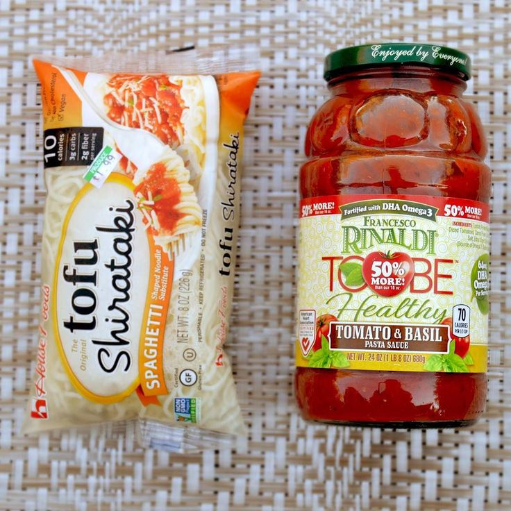 #Tofu shirataki a fantastic alternative to spaghetti and #FrancescoRinaldi To Be Healthy #tomato and #basil #pasta sauce make a #perfectcombo!! #healthyeating #lowcarb #vegan by artfoodie_yum