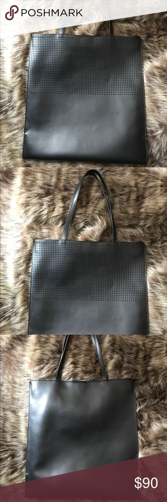 &a Other Stories Bag &a Other Stories Bag 💼. I used it for a few weeks. The handle has minor wear as shown in the last pictures.  Please look at all the pictures. The bag is in other wise excellent condition. And it has a suede interior. & Other Stories Bags Totes