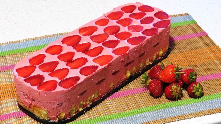 Tort Mousse de Capsune (Fara Coacere) + CONCURS pe Youtube!
