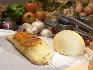 Calzone | Italian Recipes | Italian recipes - Italian food culture - Academia Barilla