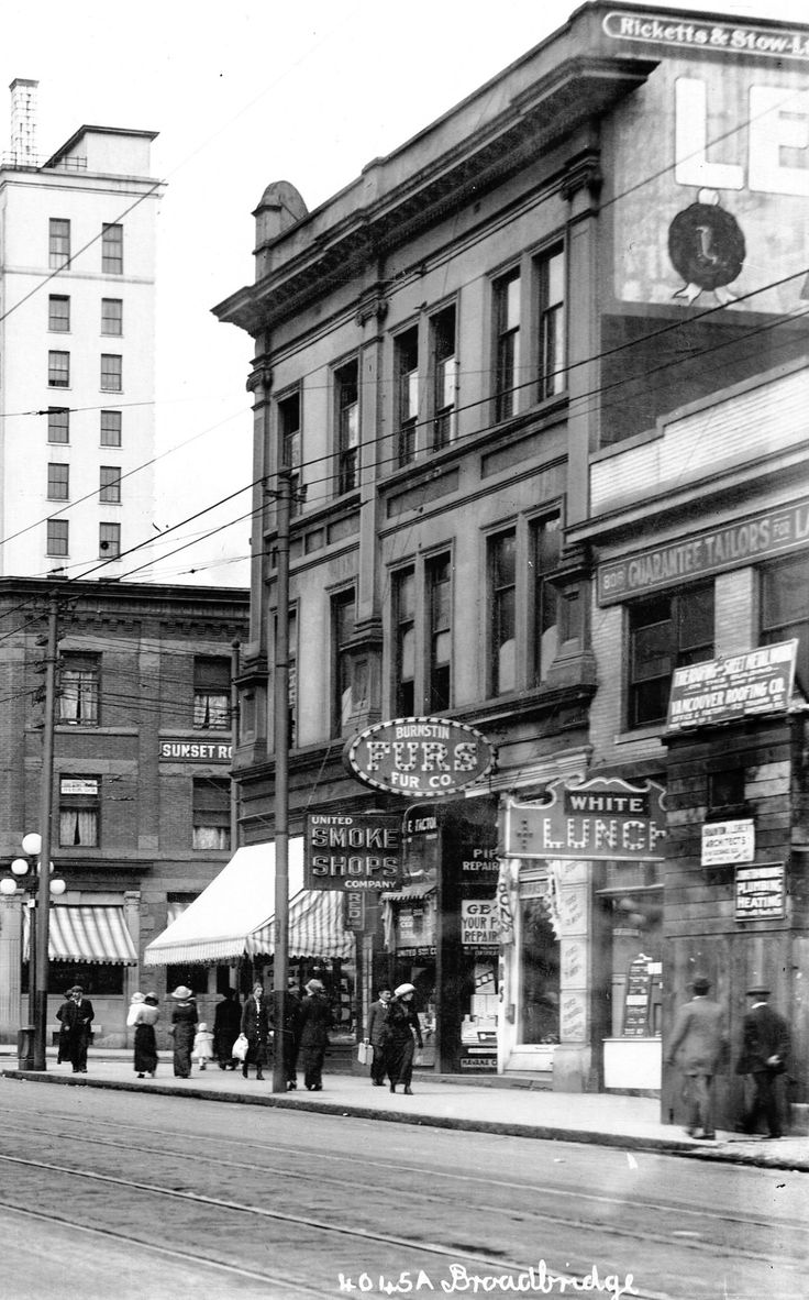 Granville Street, 1913 Looking northeast from the 800 block. Hi rez/full image. Source: Photo by Richard Broadbridge (cropped), City of Vancouver Archives #