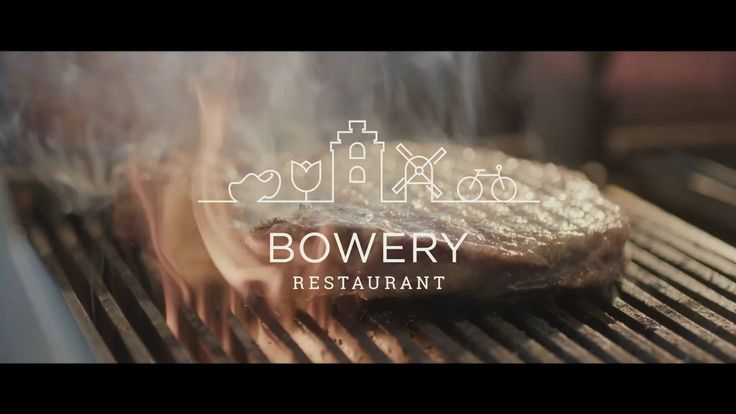 Bowery offers authentic and contemporary dishes: grill specialties from the Josper charcoal grill, Asian (wok) cuisine dishes and a selection of classics