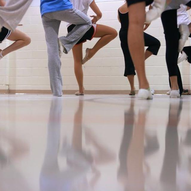 How to start a dance studio
