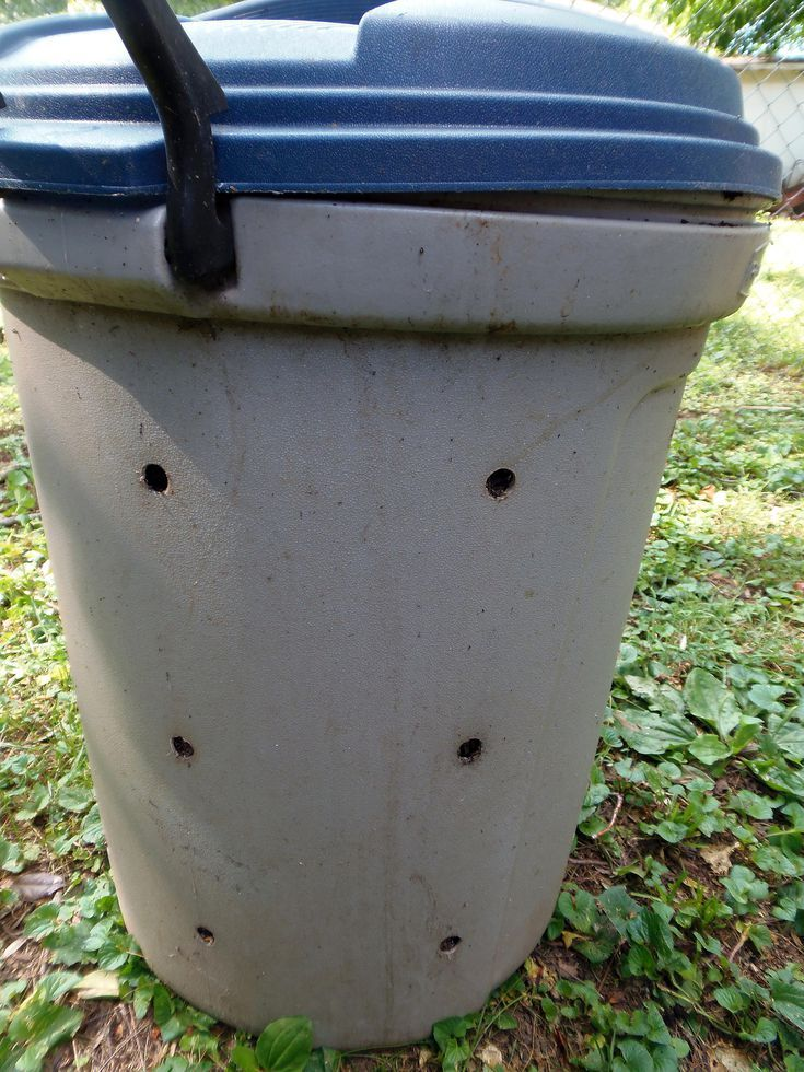 want a compost bin hereu0027s how to make one from a trash can
