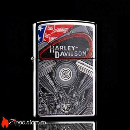 Zippo Harley-Davidson Engine este o bricheta Zippo clasica, cu un finisaj high polish chrome si reprezentarea unui motor Harley Davidson. O combinatie excelenta, atat pentur iubitorii de brichete Zippo, cat si pentru fanii HD.