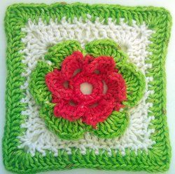 This lovely little #crochet Flower Square is a great way to welcome the #summer season. #AllFreeCrochet