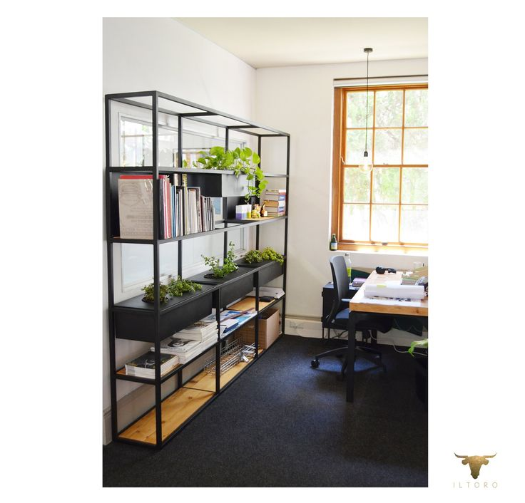 Plant stands for offices