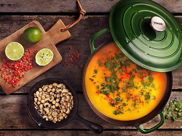 Morot- och sötpotatissoppa med ingefära och chili | Recept.nu