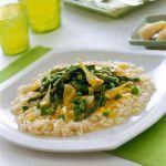 Un risotto corposo, ricco del sapore degli asparagi e della morbidezza vellutata di panna e uova. Prova la ricetta di Sale&Pepe.