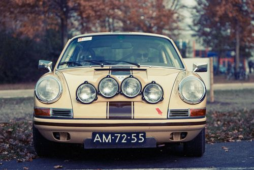 Porsche 911 by rob.brob on Flickr.